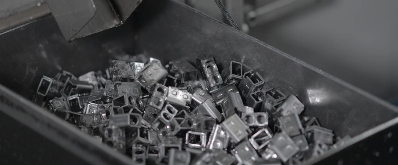 Imagem retirada do vídeo do processo Estampagem e Formação Automática